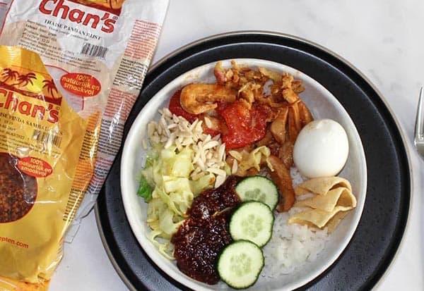 Chan's Pandan rijst en Pinda Sambal2