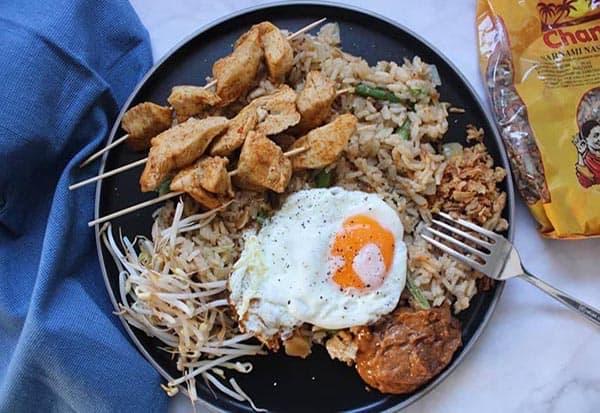 Chan's Vegan gerecht met Chan's Bami Nasi sambal2